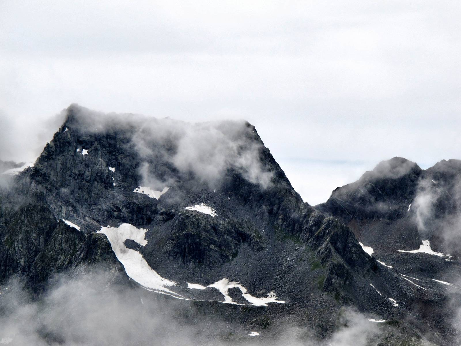 Passi-nella-neve-9-agosto-2014_Narrazione-in-cammino-destinazione-Garibaldi42 Copia