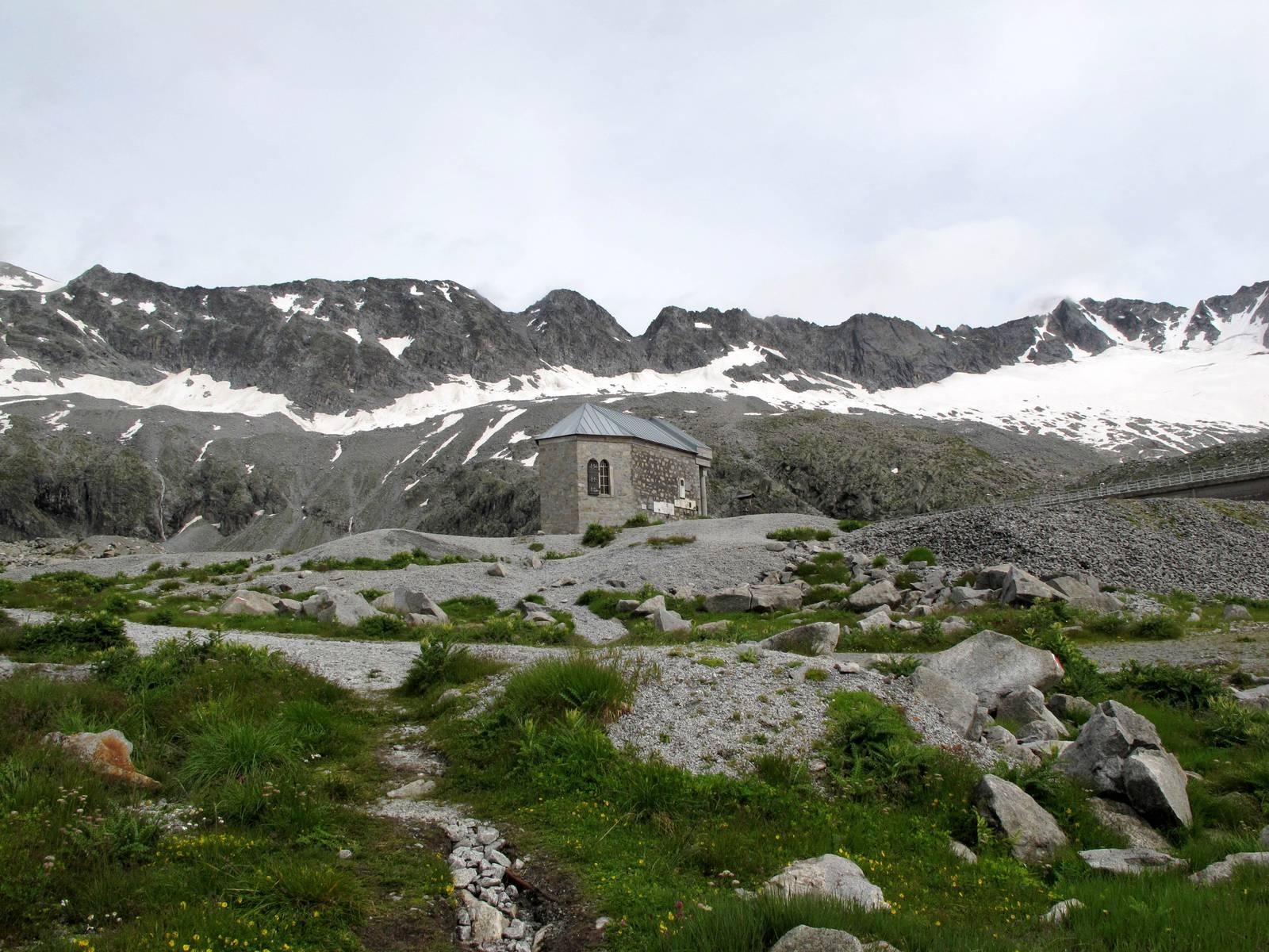 Passi-nella-neve-9-agosto-2014_Narrazione-in-cammino-destinazione-Garibaldi47 Copia