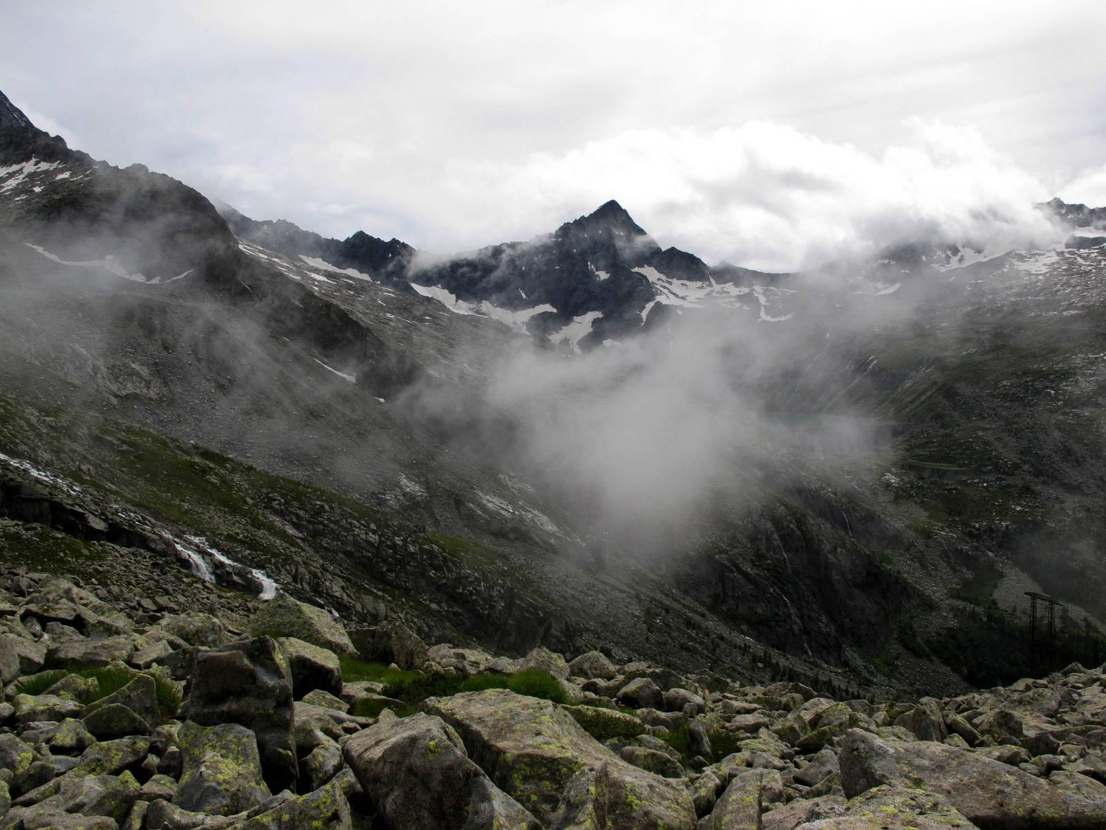 Passi-nella-neve-9-agosto-2014_Narrazione-in-cammino-destinazione-Garibaldi50 Copia