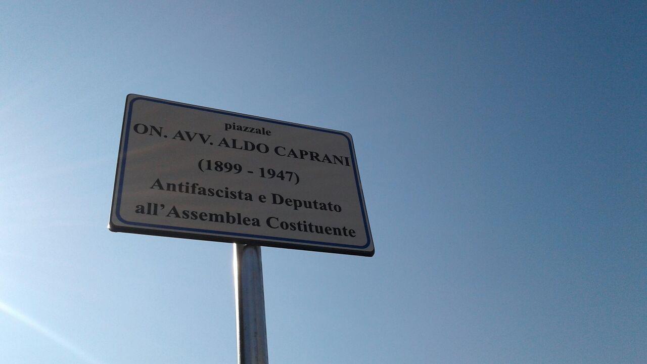 5_intitolazione piazzale Aldo Caprani
