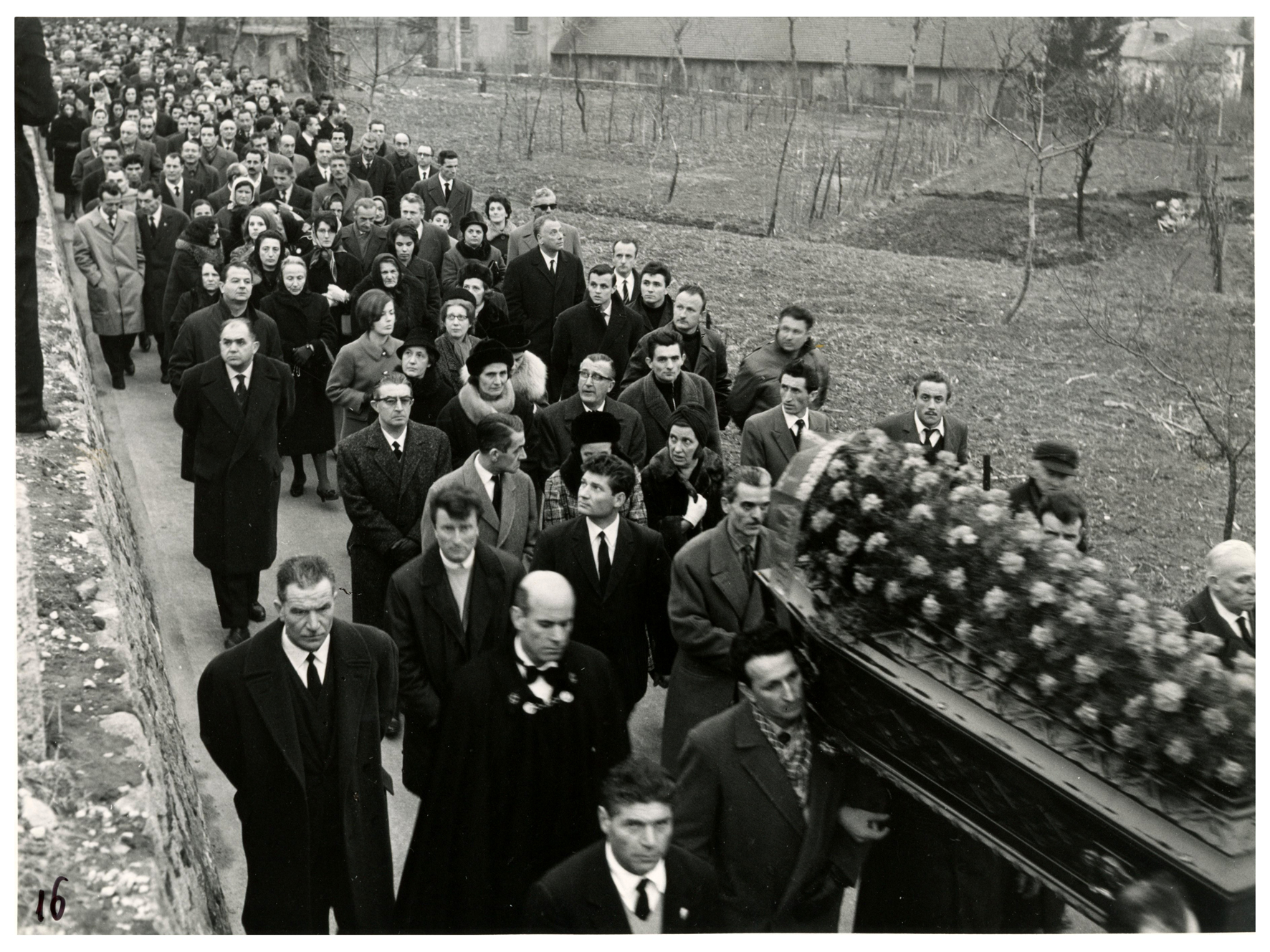 foto 16 funerale Ghslandi