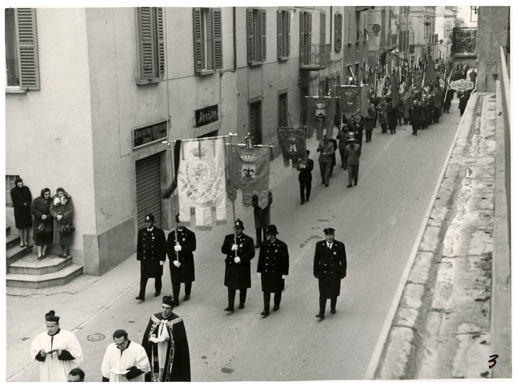 foto 3 funerale Ghslandi