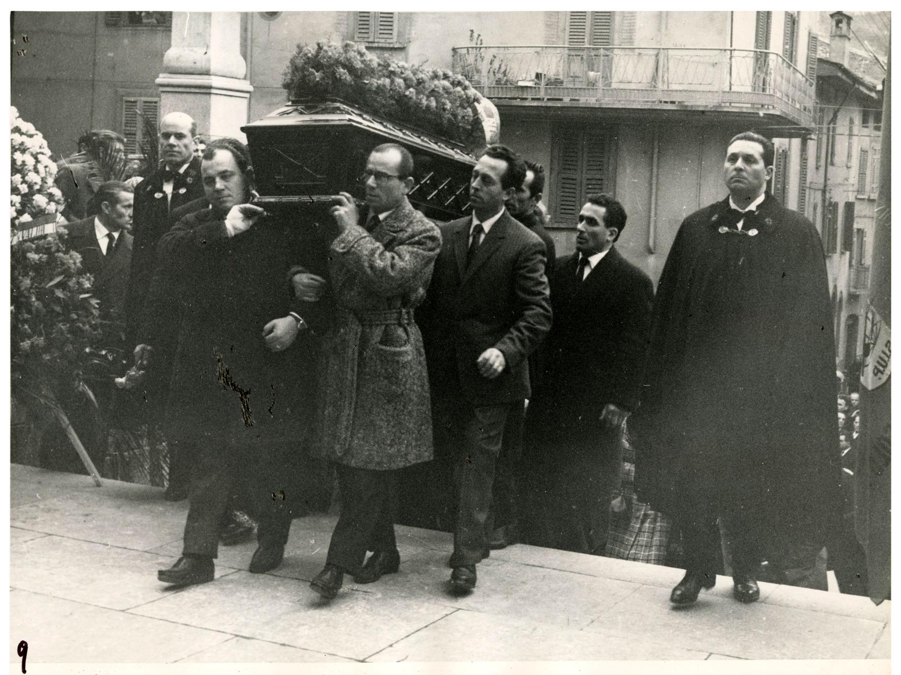 foto 9 funerale Ghslandi