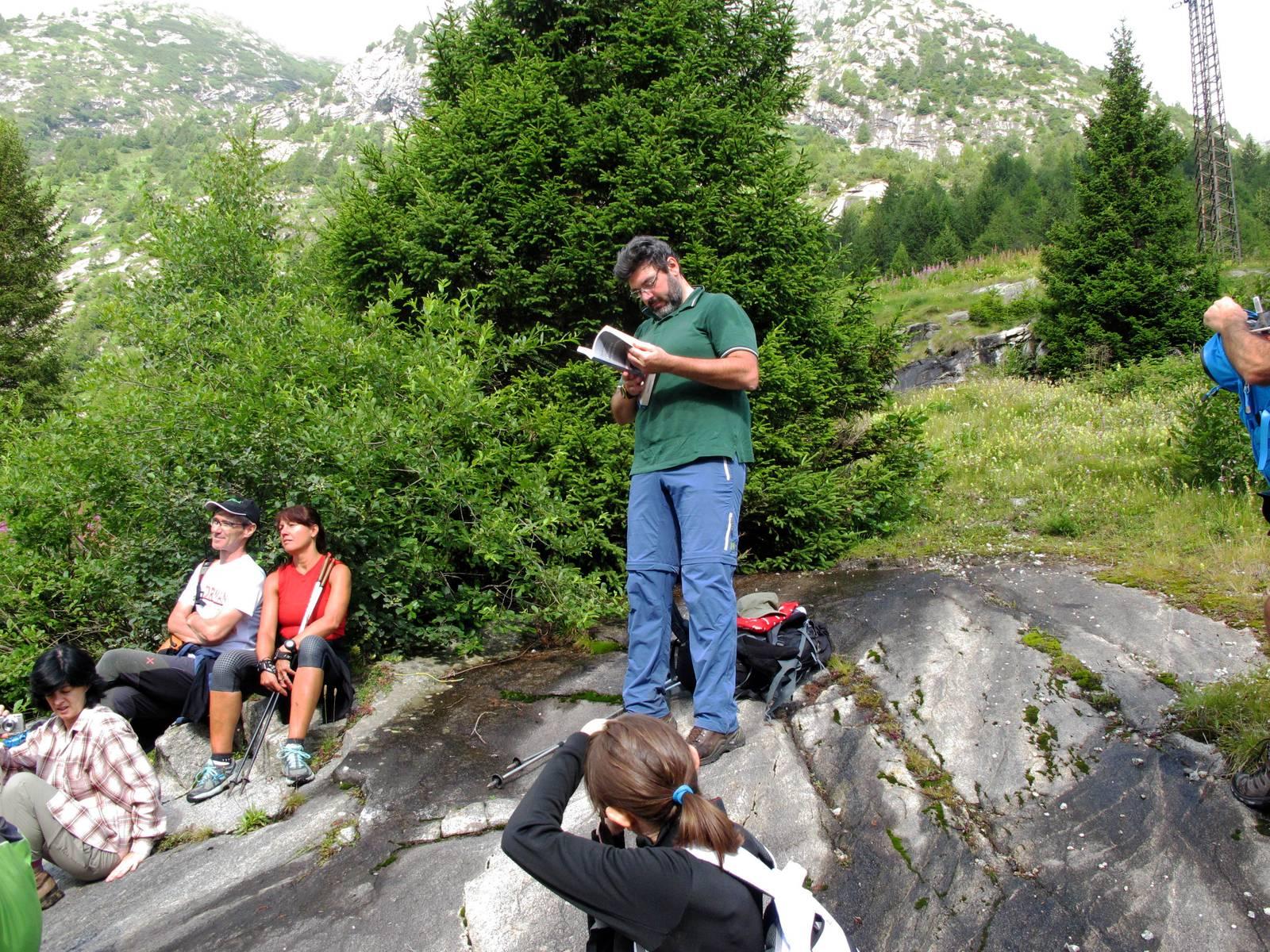 Passi-nella-neve-9-agosto-2014_Narrazione-in-cammino-destinazione-Garibaldi181 Copia