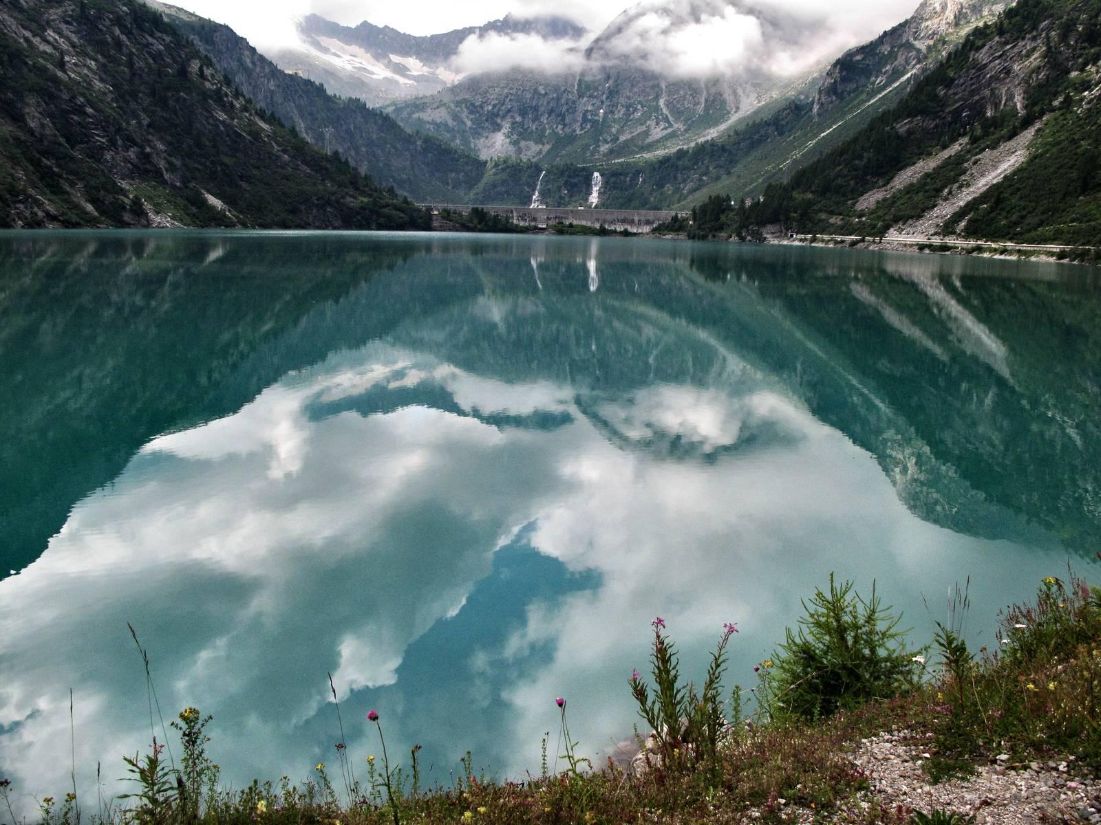 Passi-nella-neve-9-agosto-2014_Narrazione-in-cammino-destinazione-Garibaldi23 Copia