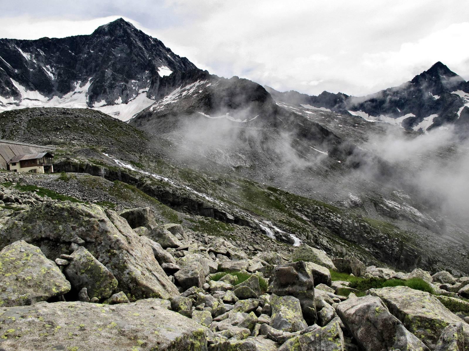 Passi-nella-neve-9-agosto-2014_Narrazione-in-cammino-destinazione-Garibaldi49 Copia