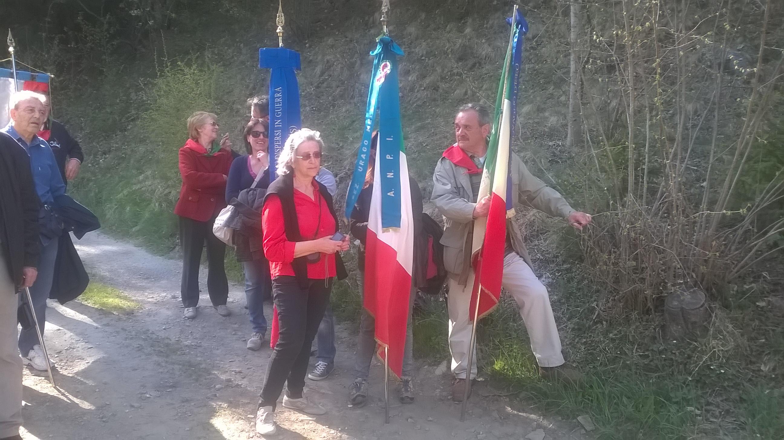inaugurazione Bacheca Menici_Corteno24 aprile 2015_07.jpg
