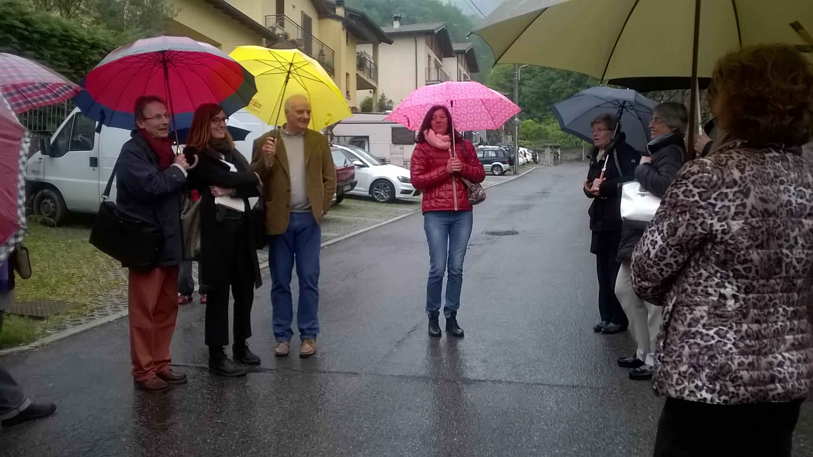 2_visita guidata alla villa Nobili e inaugurazione Mostra Aldo Caprani lunedì 1° maggio 2017 (1)