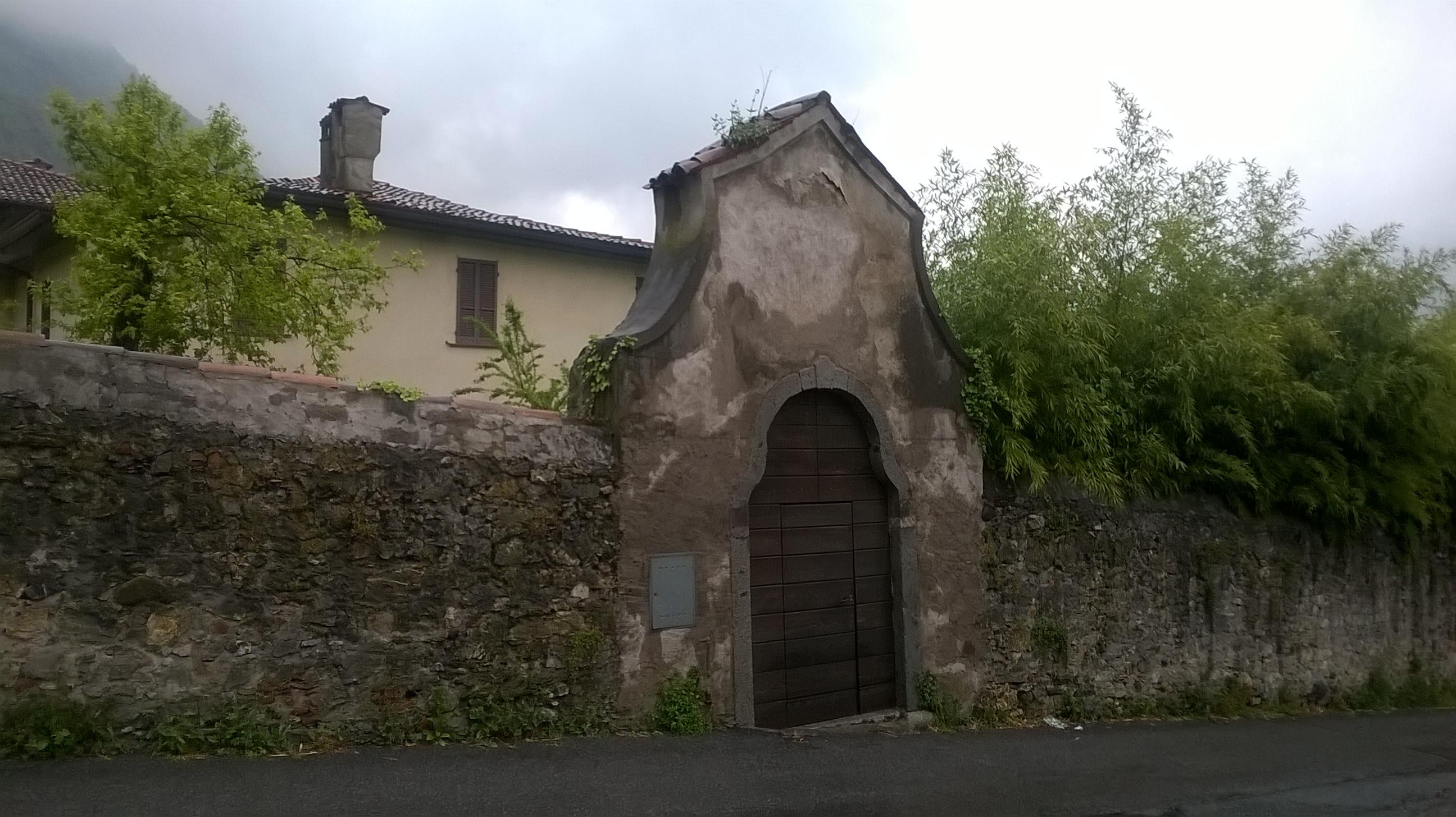 3_visita guidata alla villa Nobili e inaugurazione Mostra Aldo Caprani lunedì 1° maggio 2017 (1)