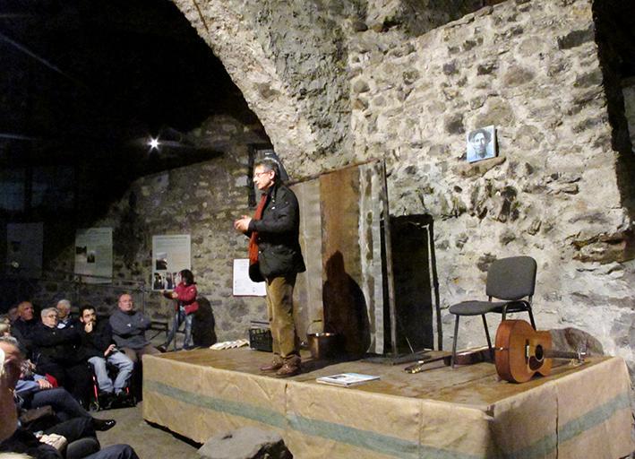 02_Spettacolo teatrale TALKIN' WOODY GUTHRIE Malegno 30 Aprile