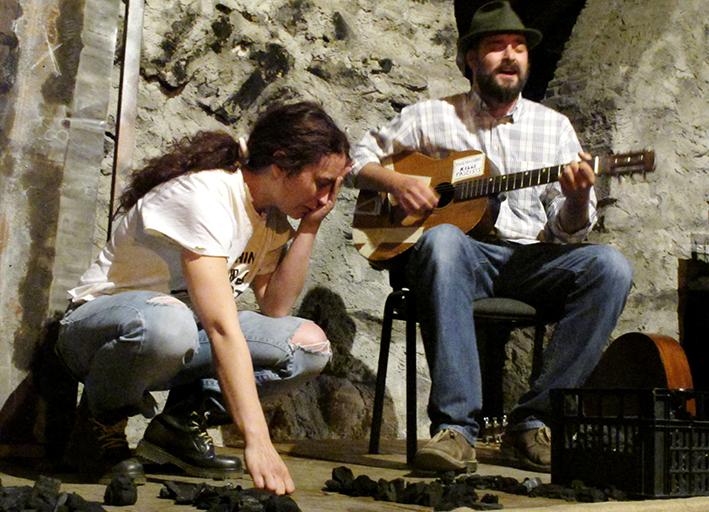11_Spettacolo teatrale TALKIN' WOODY GUTHRIE Malegno 30 Aprile